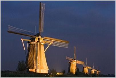 Windmills_in_the_Netherlands.jpg