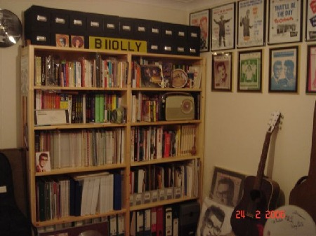 Ian Higham's Buddy Room (3)
