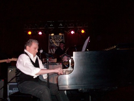 Jerry_Lee_Lewis_Clear_Lake_2011.jpg