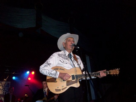 TOMMY_ALLSUP_SURF_BALLROOM_CLEAR_LAKE_IA_2011.jpg