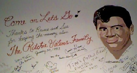 RITCHIE_VALENS_Family_SURF.jpg