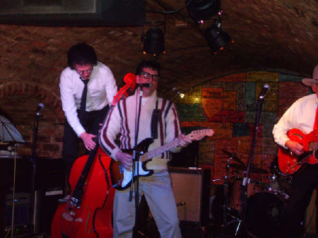 Cavern_Club_Liverpool_2008.jpg