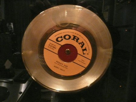 GOLDEN RECORD - PEGGY SUE